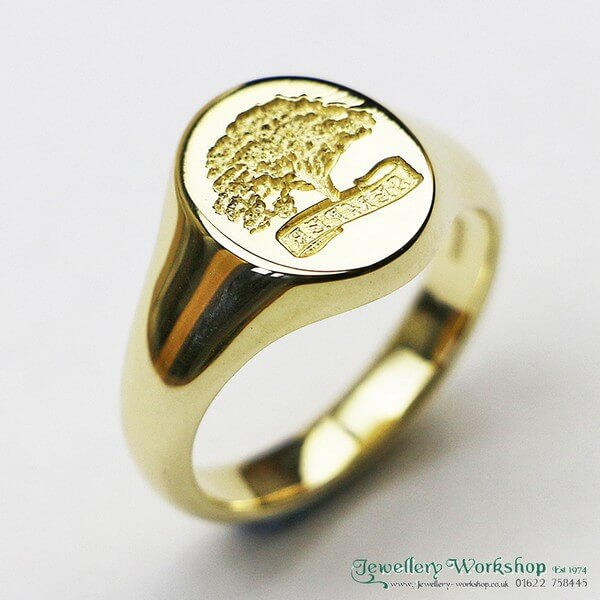 18ct Signet Ring With Seal Engraving
